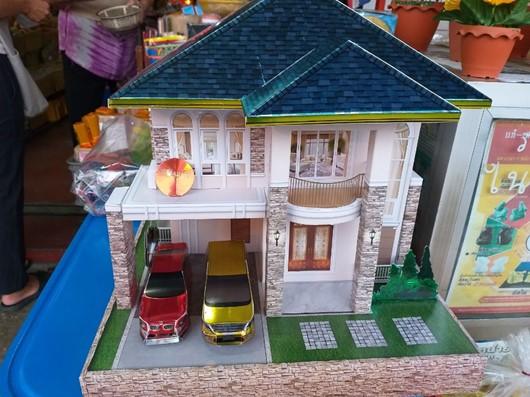 タイ あの世で住むための家ミニチュア